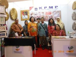 Aktifitas pameran di KSN Kemensos 8-9-10 Nopember 2014